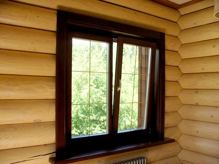 okno v derevyannyii dom 2